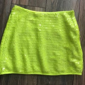 Tobi size small neon green mini skirt